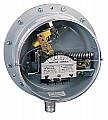 "Dwyer PG-7000-153-P1 Gas pressure/differential pressure switch, 1-30"" water"